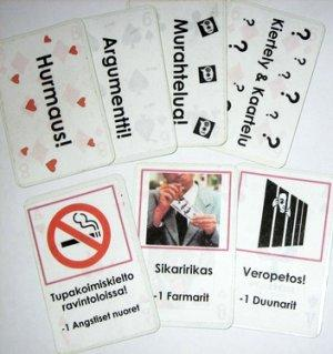 Politixin testiversion kortteja. Kuva: Touko Tahkokallio