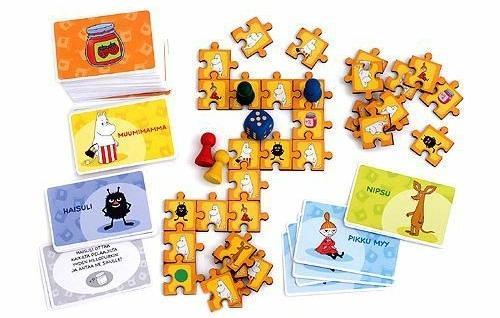 Pelilautaa ja kortteja
