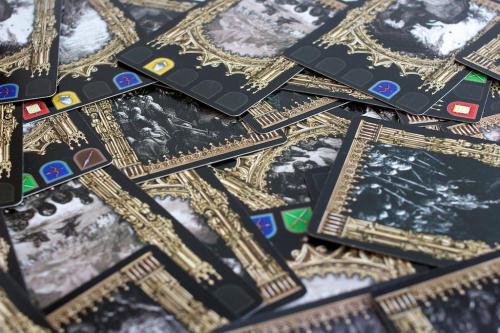 Kingdoms of Crusadersin kortteja. Kuva: Mikko Saari