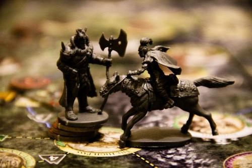Kiivasta taistelua Keskimaassa. Kuva: Cássio F. Lemos / BGG
