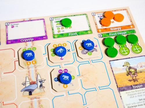 Pelaajan tukikohta. M.U.L.E.:t ovat töissä tuottamassa raaka-aineita. Kuva: Mikko Saari