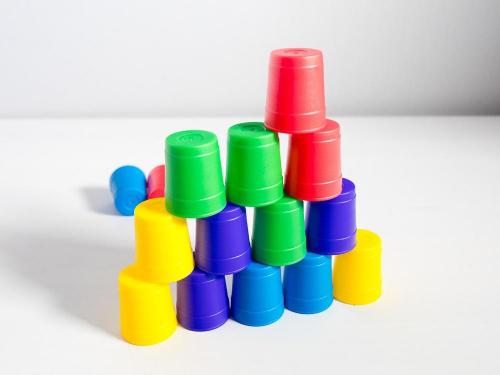 Ämpäripyramidi. Kuva: Mikko Saari